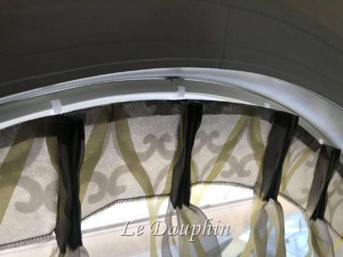アーチ型の窓にカーテン&バランス2